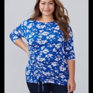Lane Bryant 22/24 3x Blue White Floral ruched Top
